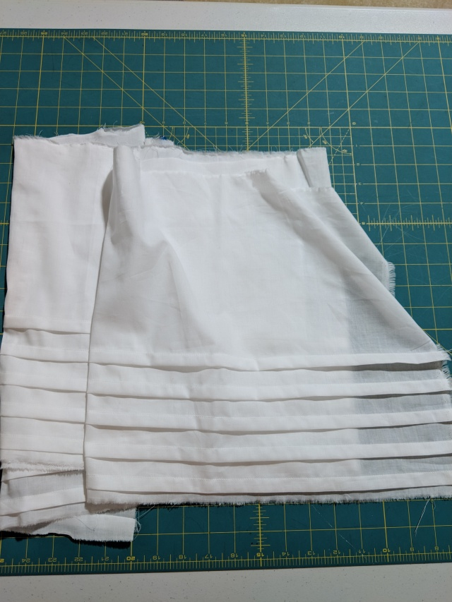 petticoat tucks